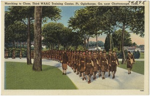 Marching to class, Third WAAC Training Cente, Ft. Oglethorpe, Ga., near Chattanooga, Tenn.