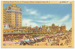 Bathing beach front of Traymore Hotel, Atlantic City, N. J.