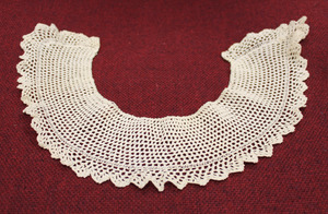 Lace collar, made by Laura Bridgman
