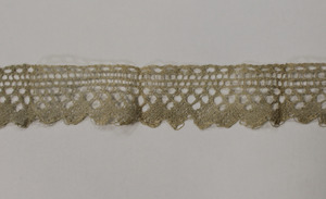 Strip of lace (barb), made by Laura Bridgman (close-up)
