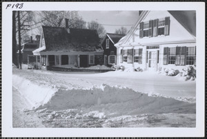 146 (left) and 152 (right) Old King's Highway, Yarmouthport, Mass.