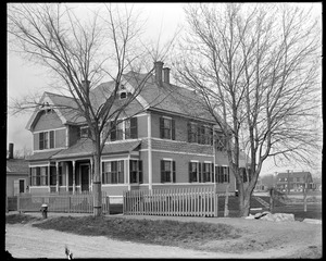 #6-8 Colson Street, front, spring