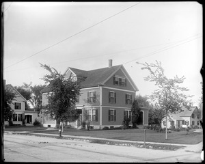 #12 Talbot Avenue, 1904 prize contest, front, fall