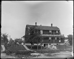 #16 Talbot Avenue, 1904 prize contest, rear, spring