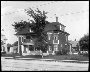 #40 Talbot Avenue, front