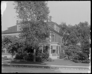 #4 Talbot Avenue, front and side view, I. M. Hanson