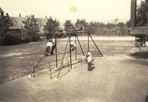 Plank Swing, Potter Playground