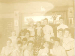Class of 1904 with Emily Means