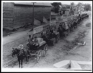 1903 Arlington cooperative assn on way to semi-centennial parade