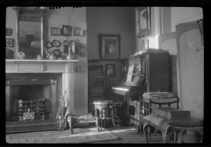10 Pembroke Rd., Dublin, drawing room of Miss Gleeson's home where I lived during the winter of 1921-1922